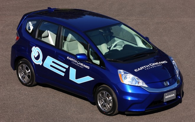 Honda Fit EV Front Right View1 660x413