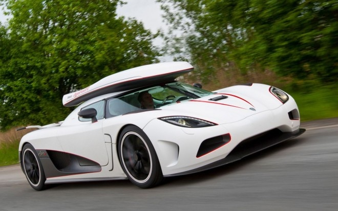 Koengisegg Agera R Three Quarters In Motion 660x413