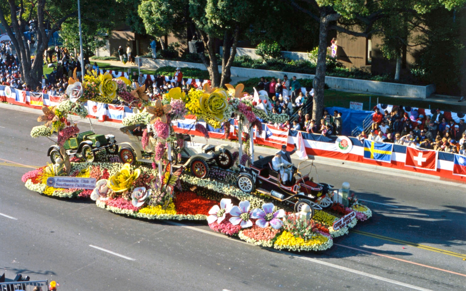 Rose Parade Automobile Club Of Southern California Classic Cars 19951