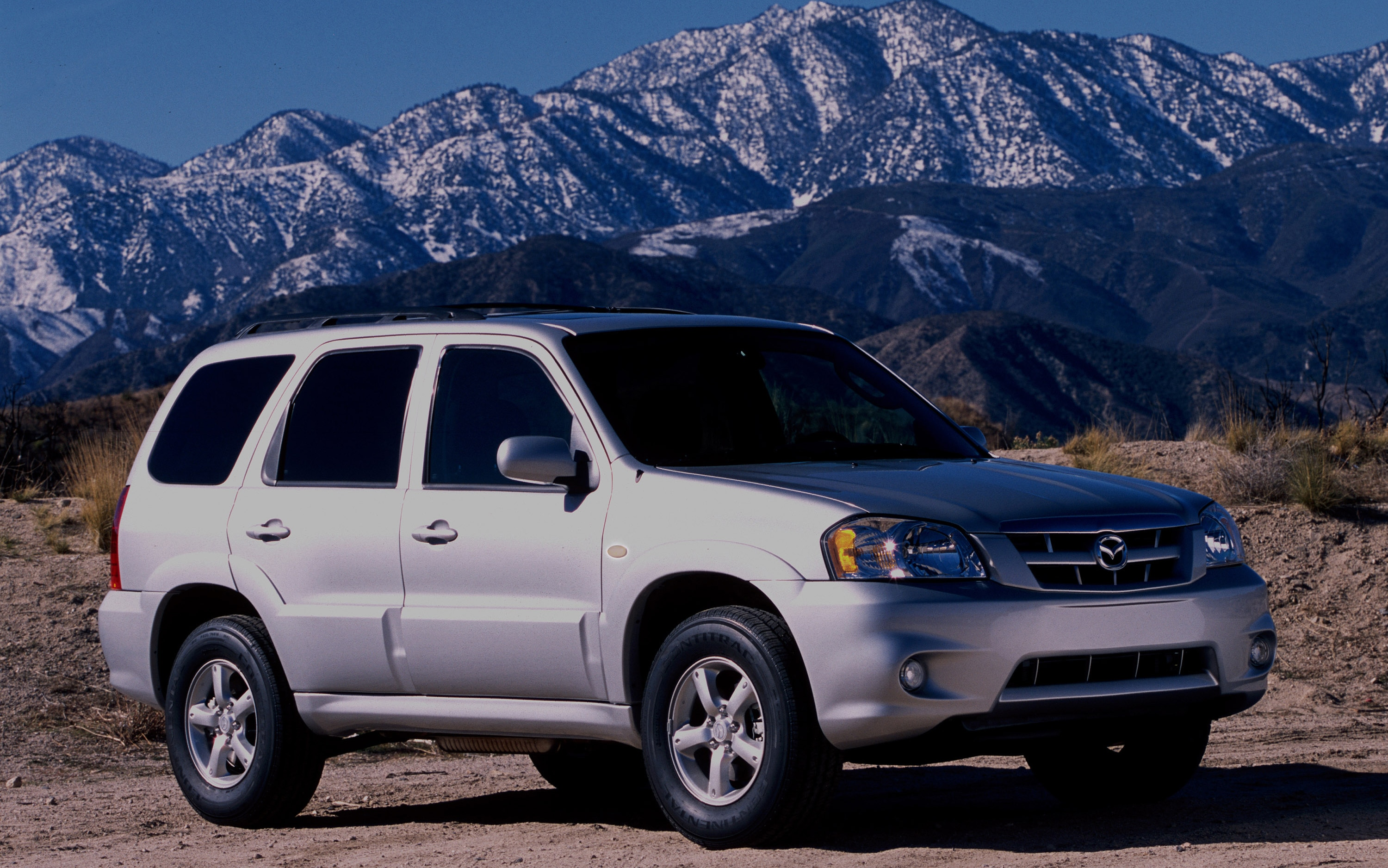 2005 Mazda Tribute Front Three Quarter1