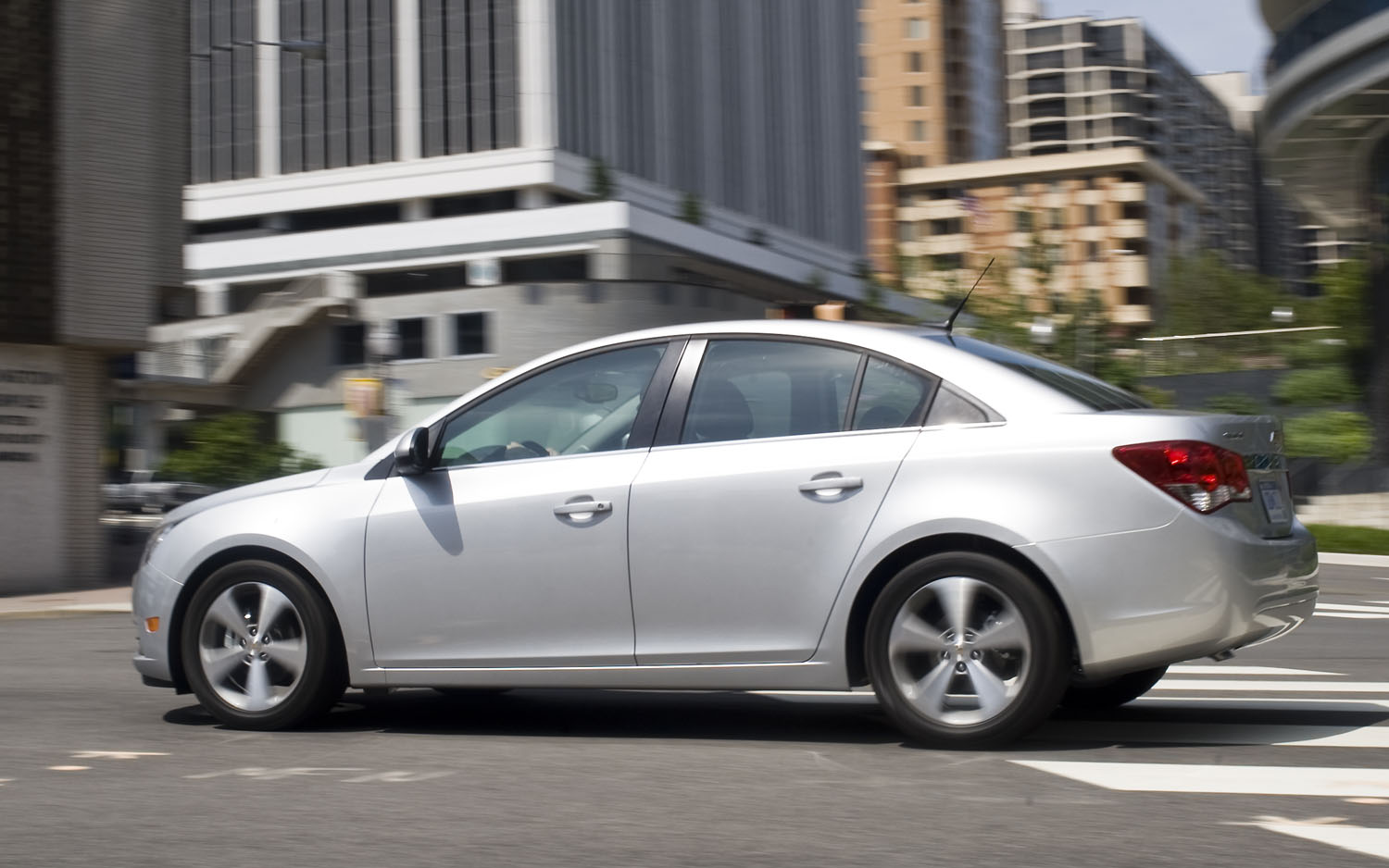 2012 Chevrolet Cruze Left Side View 1