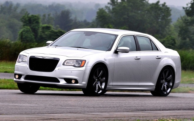 2012 Chrysler 300 SRT8 Front Three Quarter2 660x413
