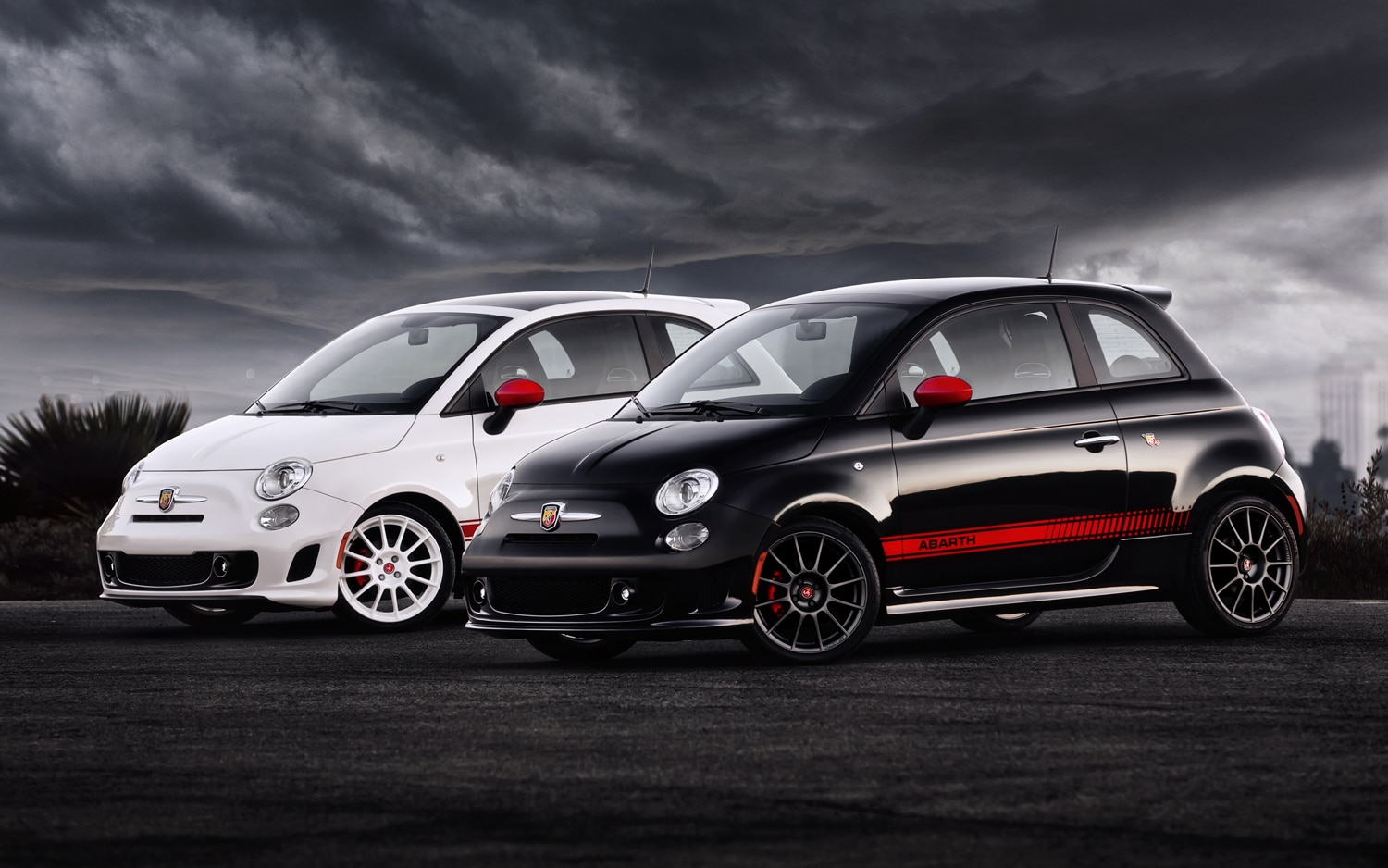 fiat prices 2012 500 abarth at 22 700 includes driving. Black Bedroom Furniture Sets. Home Design Ideas