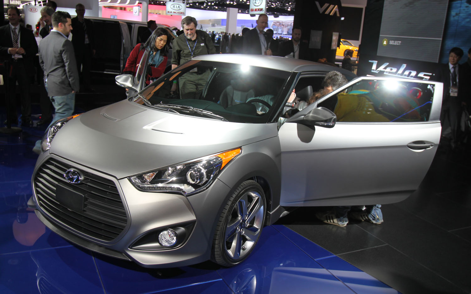 2012 Hyundai Veloster Turbo Front Three Quarter1
