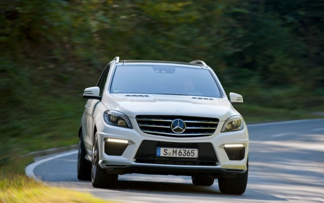 2012 Mercedes Benz ML63 AMG Front End In Motion1 660x413