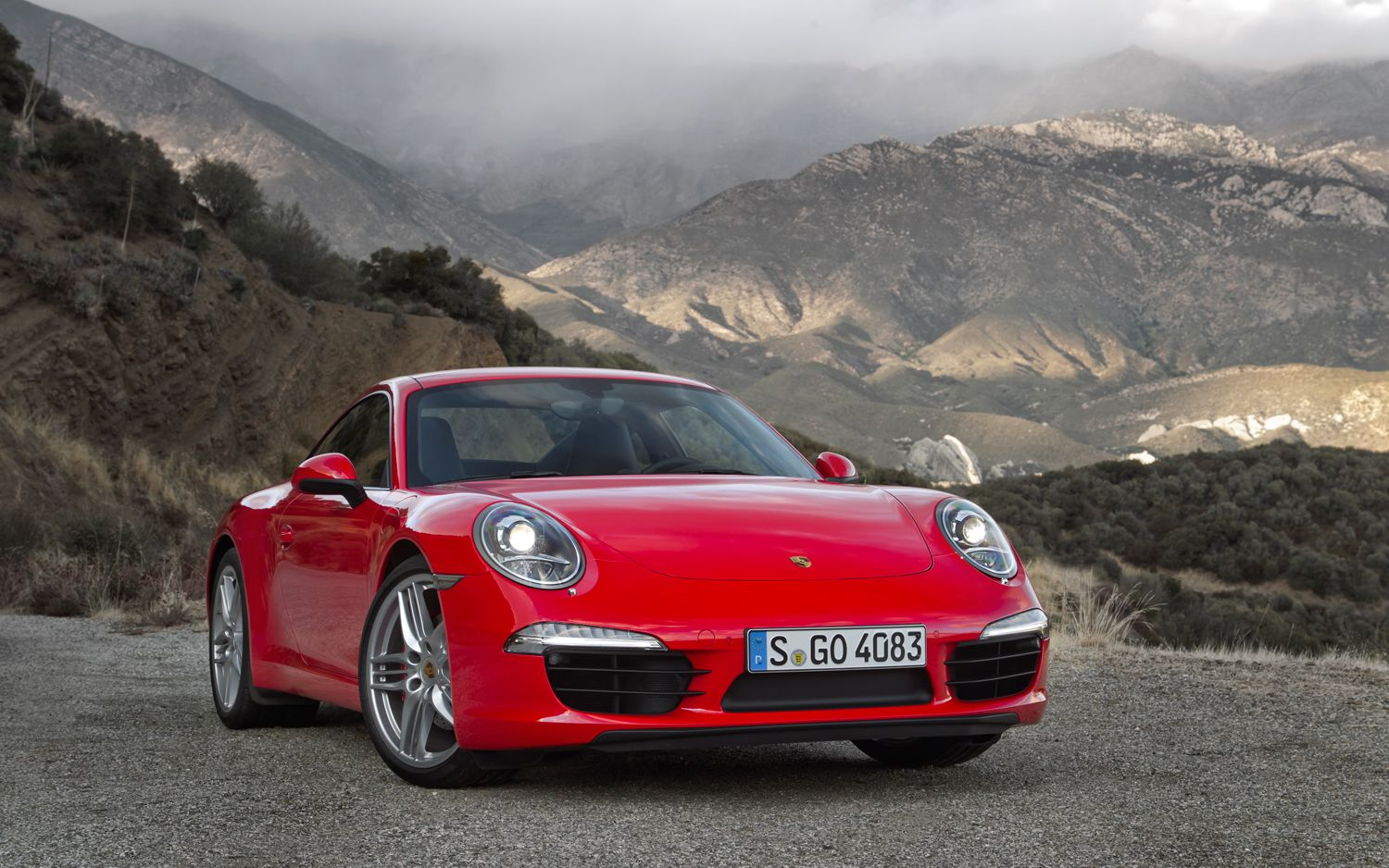 2012 Porsche 911 Carrera S Guards Red Front Three Quarters21