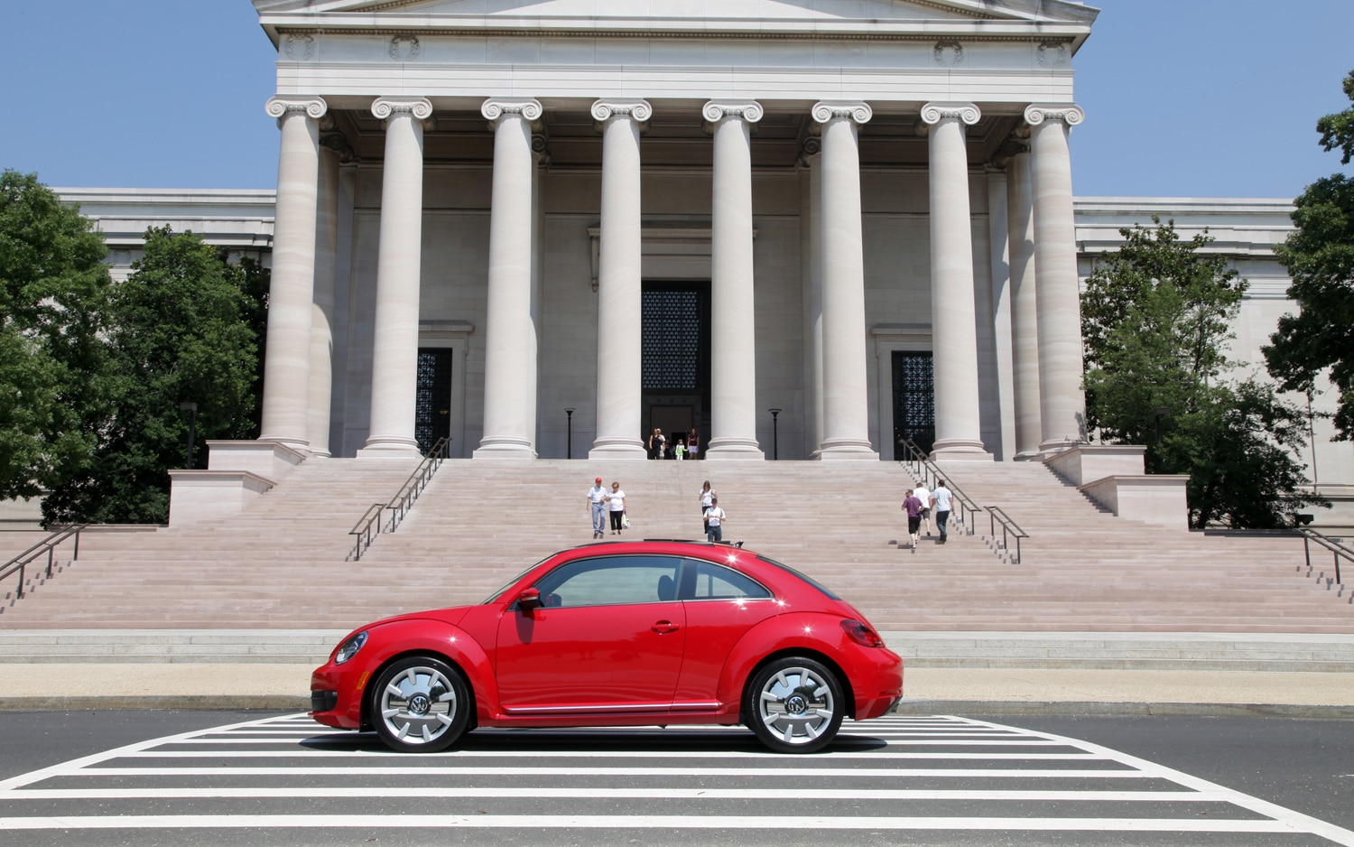 volkswagen to unveil diesel powered 2012 beetle tdi in chicago. Black Bedroom Furniture Sets. Home Design Ideas