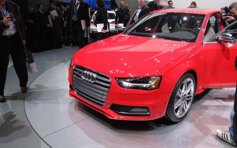 2013 Audi S4 Front11