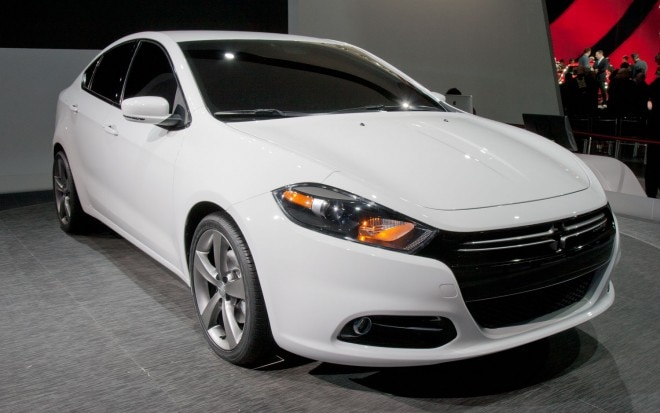 2013 Dodge Dart RT Front Three Quarters View11 660x413