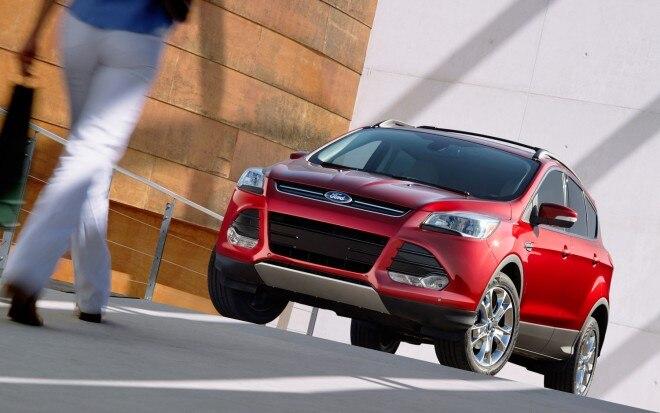 2013 Ford Escape Front Three Quarter11 660x413