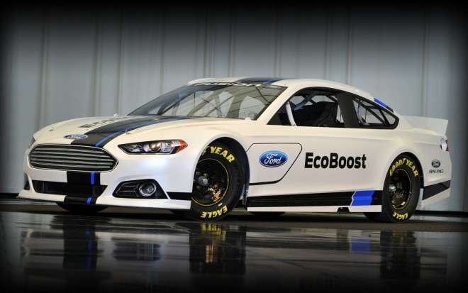 2013 Ford Fusion Sprint Cup Race Car Front Three Quarter1 660x413