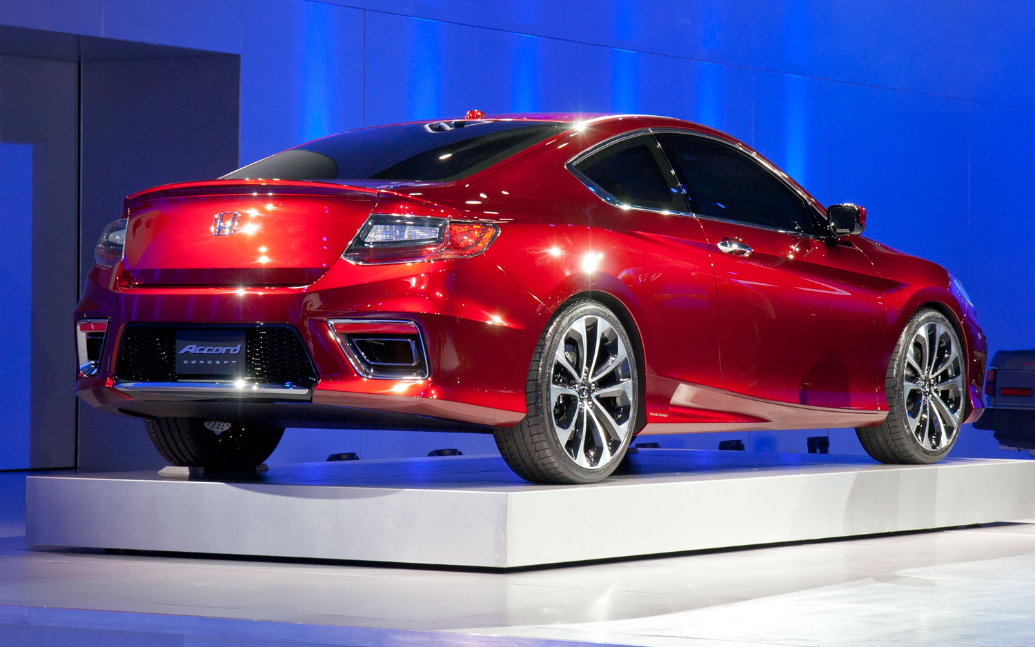detroit 2012 honda accord coupe concept previews the 2013 accord. Black Bedroom Furniture Sets. Home Design Ideas