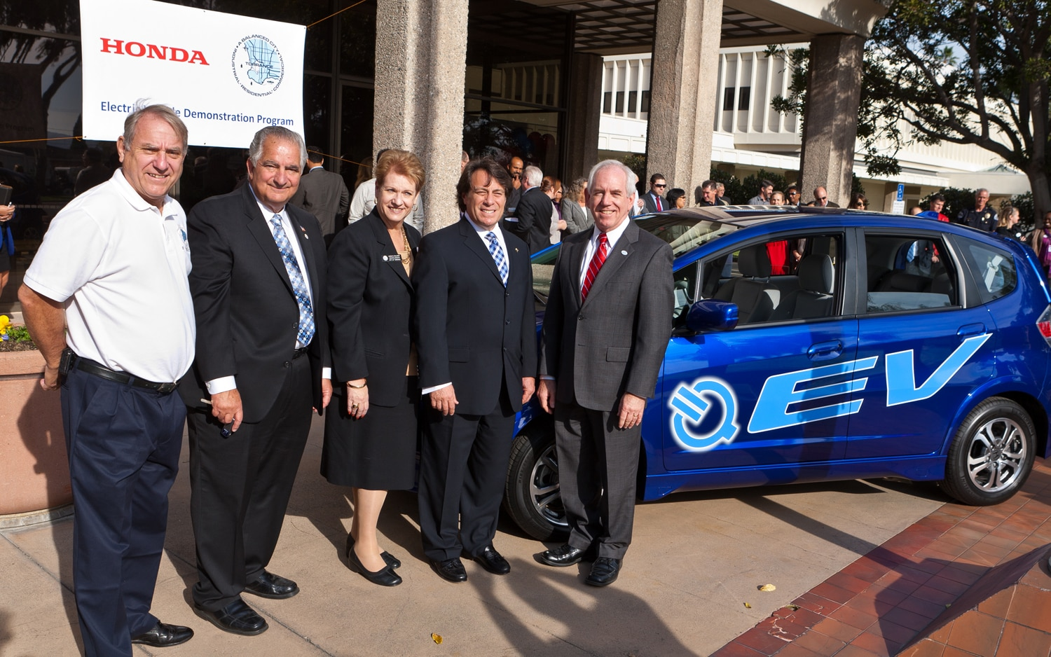 Honda provides first 2013 fit ev to city of torrance for Honda torrance ca