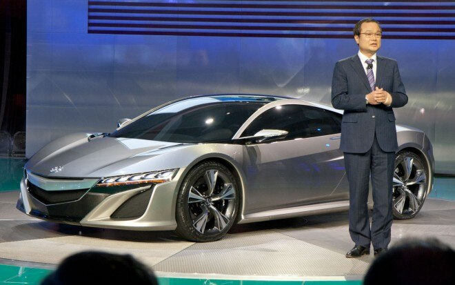 Acura NSX Concept With Honda CEO Ito1 660x413