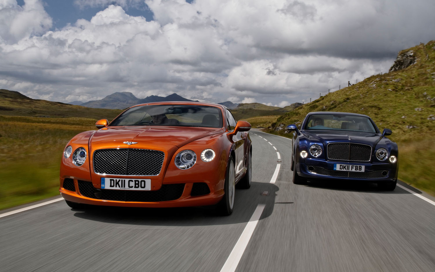 Bentley Mulsanne And Continental GT Front View1