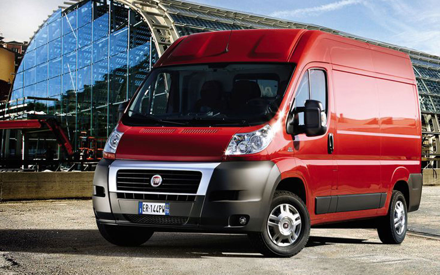FIat Ducato Front Three Quarter1