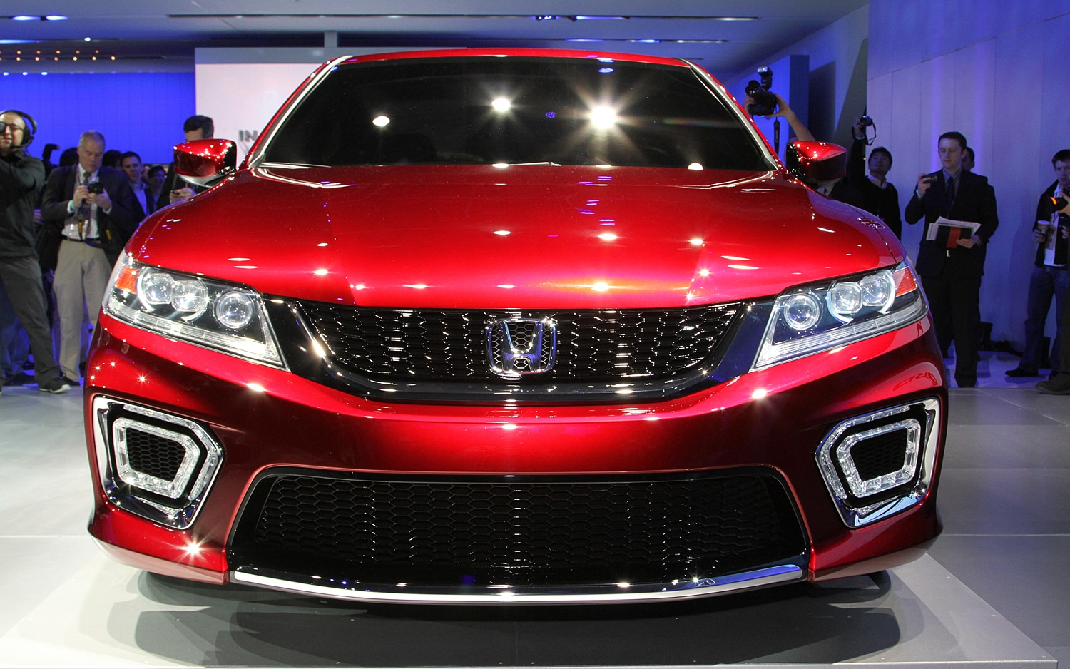 Honda Accord Coupe Concept Front End1