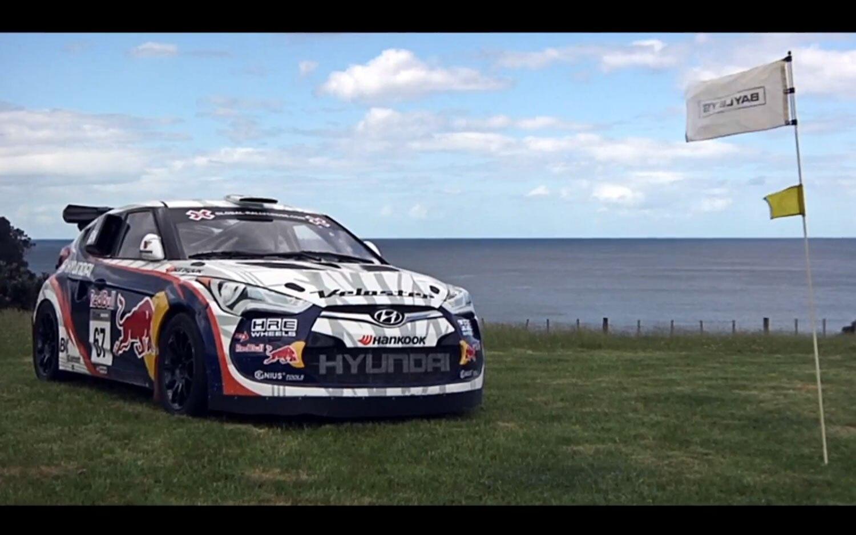 Hyundai Veloster Rally Golfing Side1