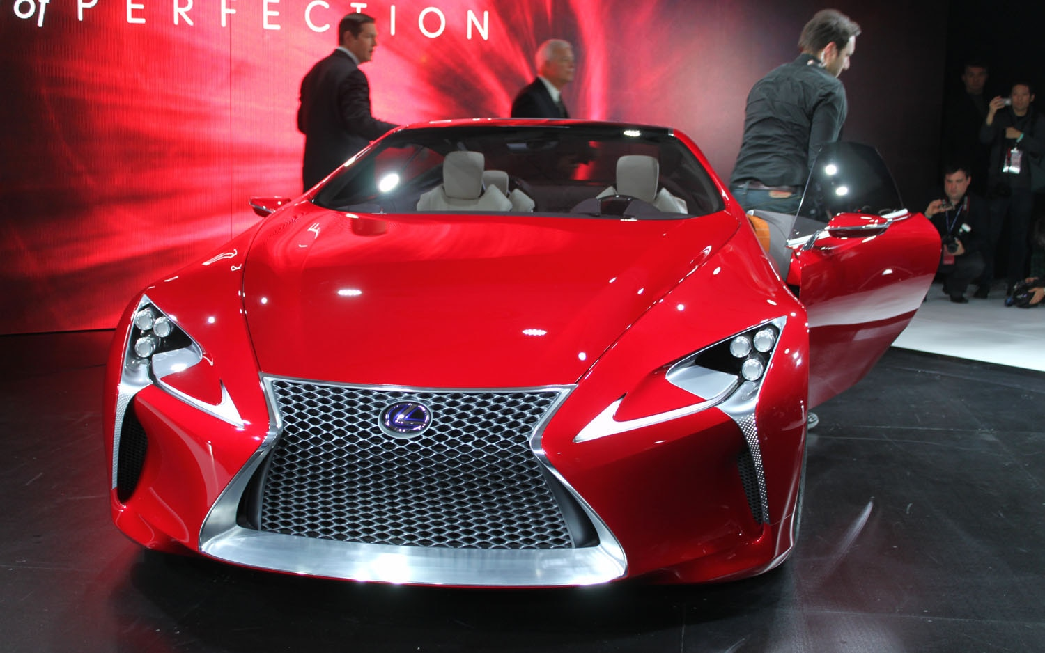 Lexus LF LC Concept Front View Door Open1