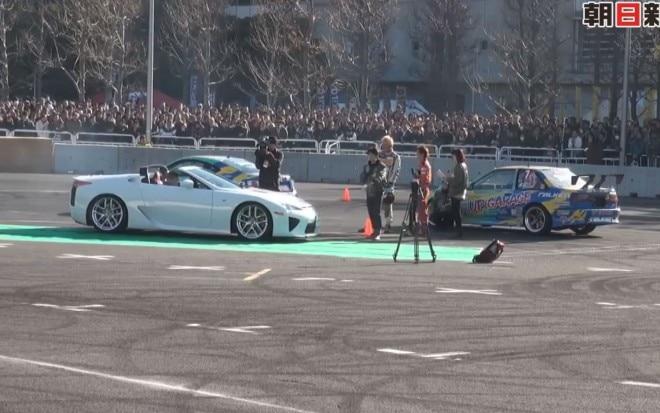 Lexus LFA Roadster At Tokyo Auto Salon 31 660x413