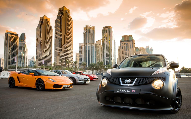 Nissan Juke R Supercar Race 31