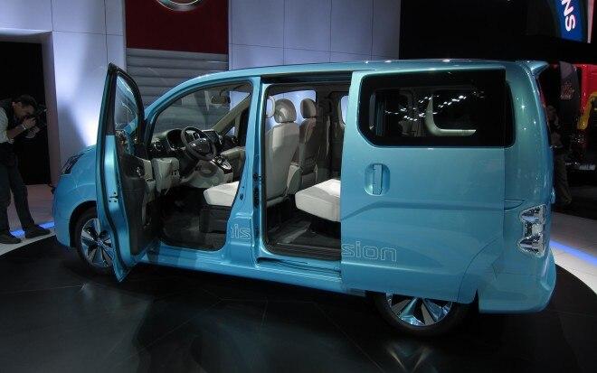 Nissan E NV200 Concept Rear Three Quarter 12 660x413