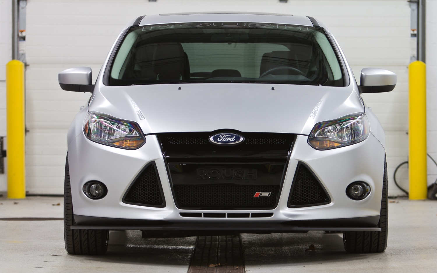 Roush Ford Focus Concept Front1