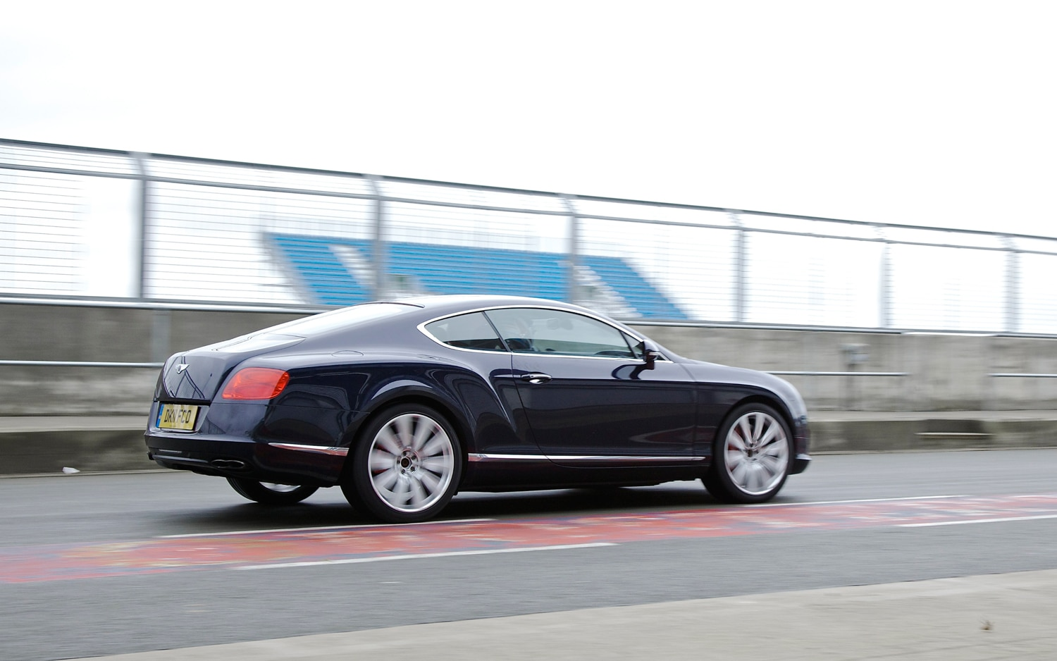 first drive bentley continental gt v8 automobile magazine. Black Bedroom Furniture Sets. Home Design Ideas