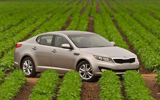 2011 Kia Optima Right Three Quarter1 660x413