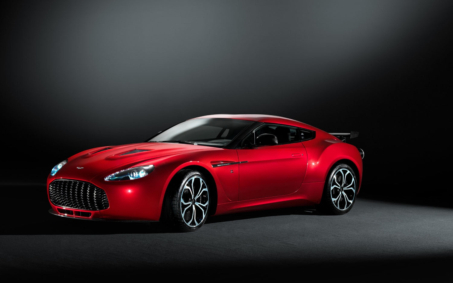 2012 Aston Martin V12 Zagato Front Three Quarter1