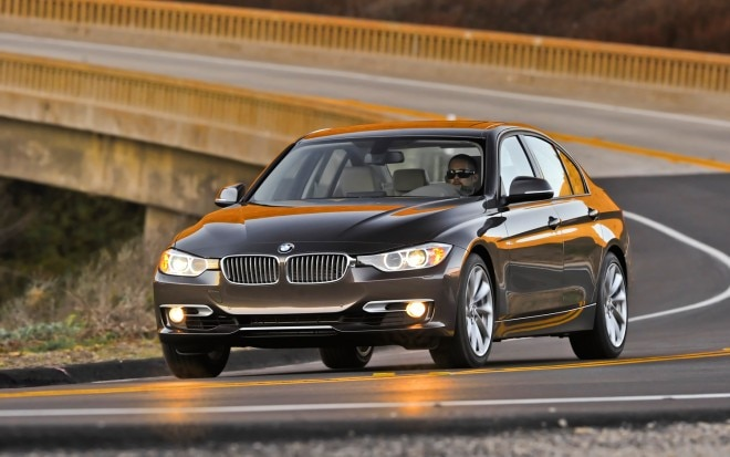 2012 BMW 3 Series Front Left View 81 660x413