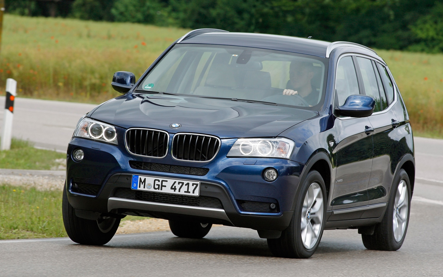 2012 BMW X3 Front Three Quarter12