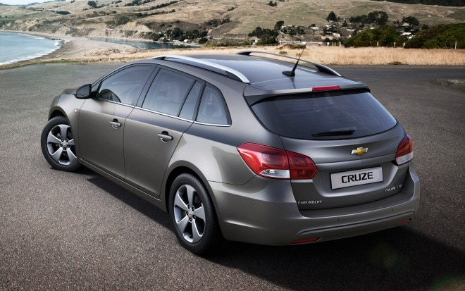 2012 Chevrolet Cruze Wagon Rear Three Quarter1 660x413