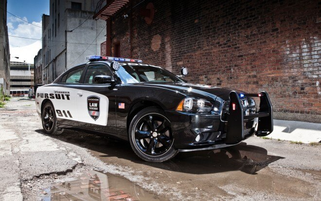 2012 Dodge Charger Pursuit Front Three Quarter1 660x413