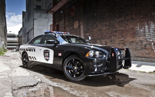 2012 Dodge Charger Pursuit Front Three Quarter12 660x413