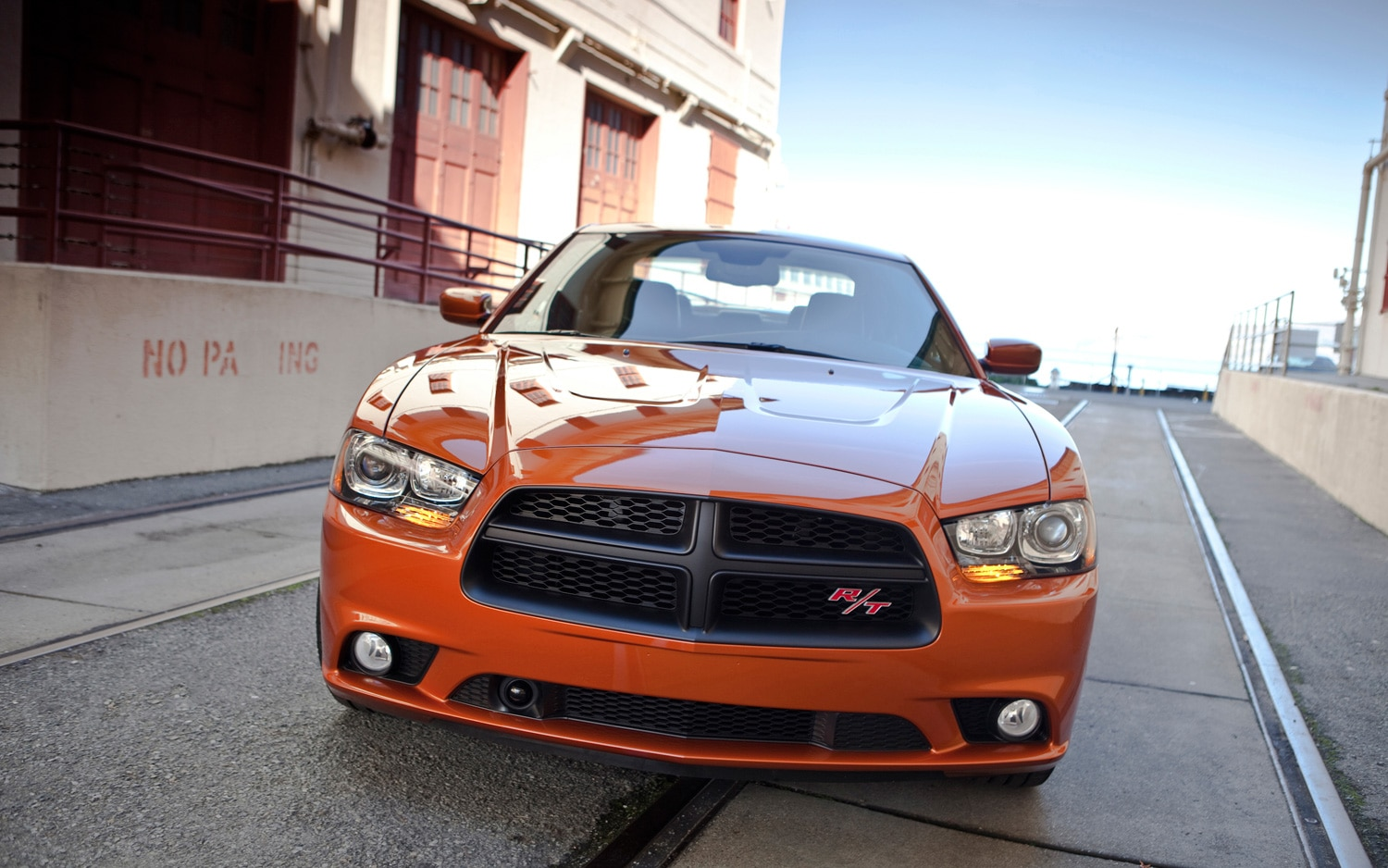 2012 Dodge Charger RT Front1