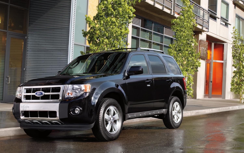 2012 Ford Escape Front Three Quarter1