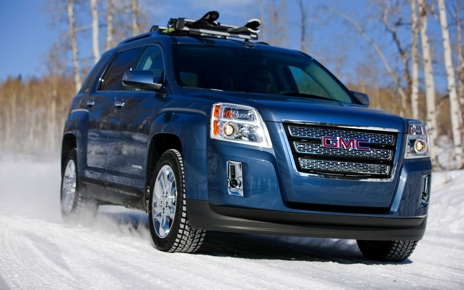 2012 GMC Terrain Front Three In Snow1