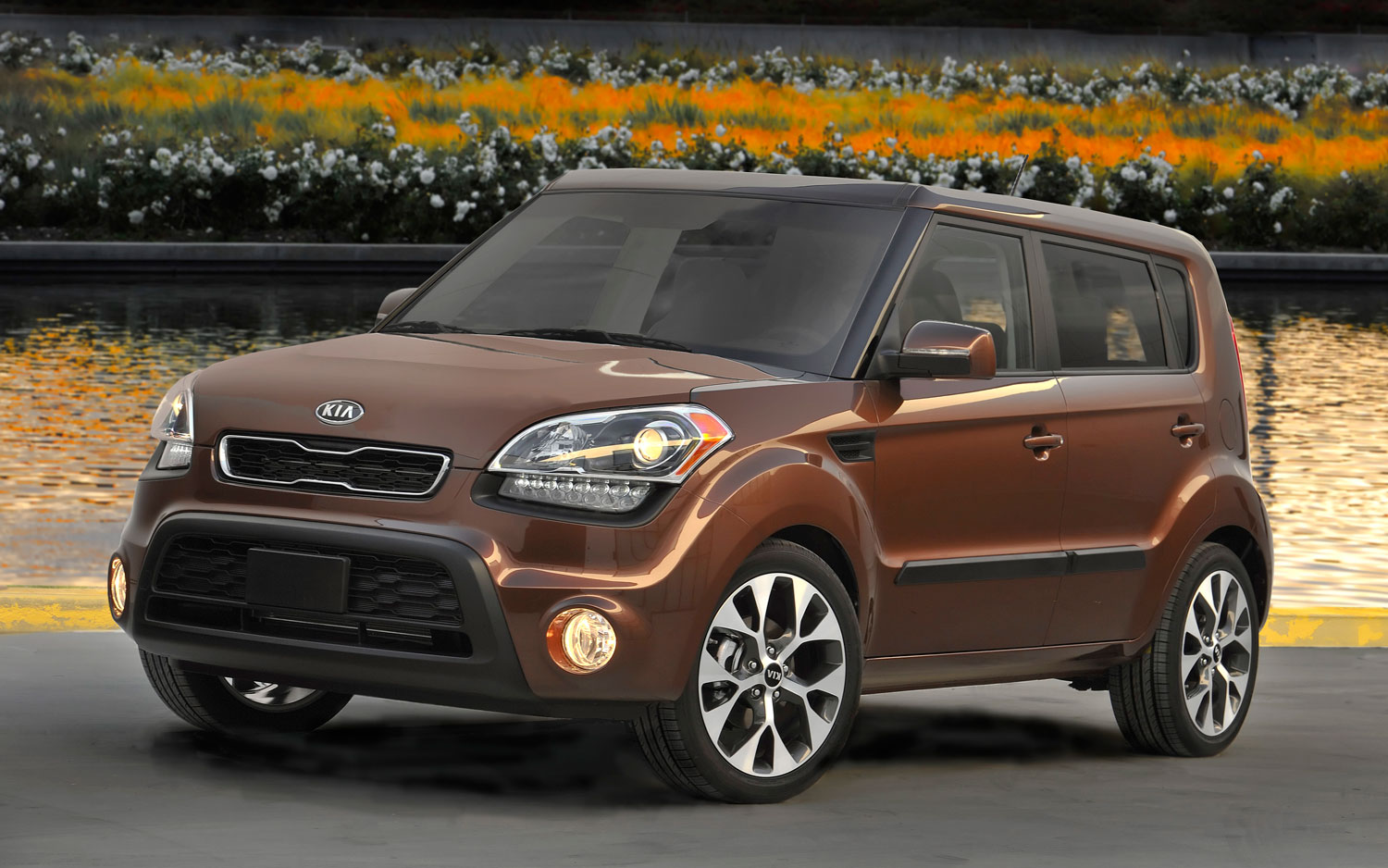 2012 Kia Soul Red Rock Special Edition Front Three1