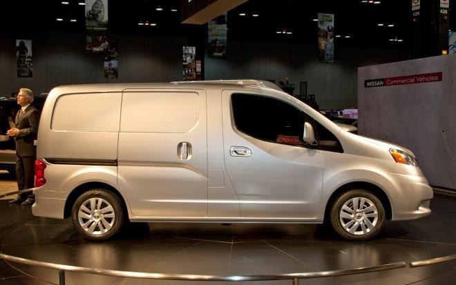 2012 Nissan NV200 Side1 660x413