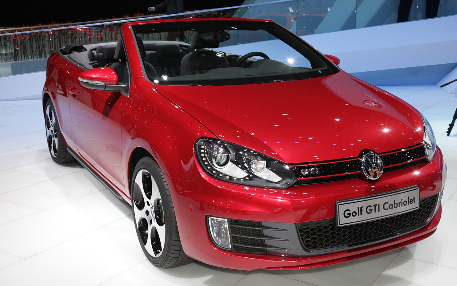 2012 volkswagen gti cabriolet first look automobile magazine. Black Bedroom Furniture Sets. Home Design Ideas