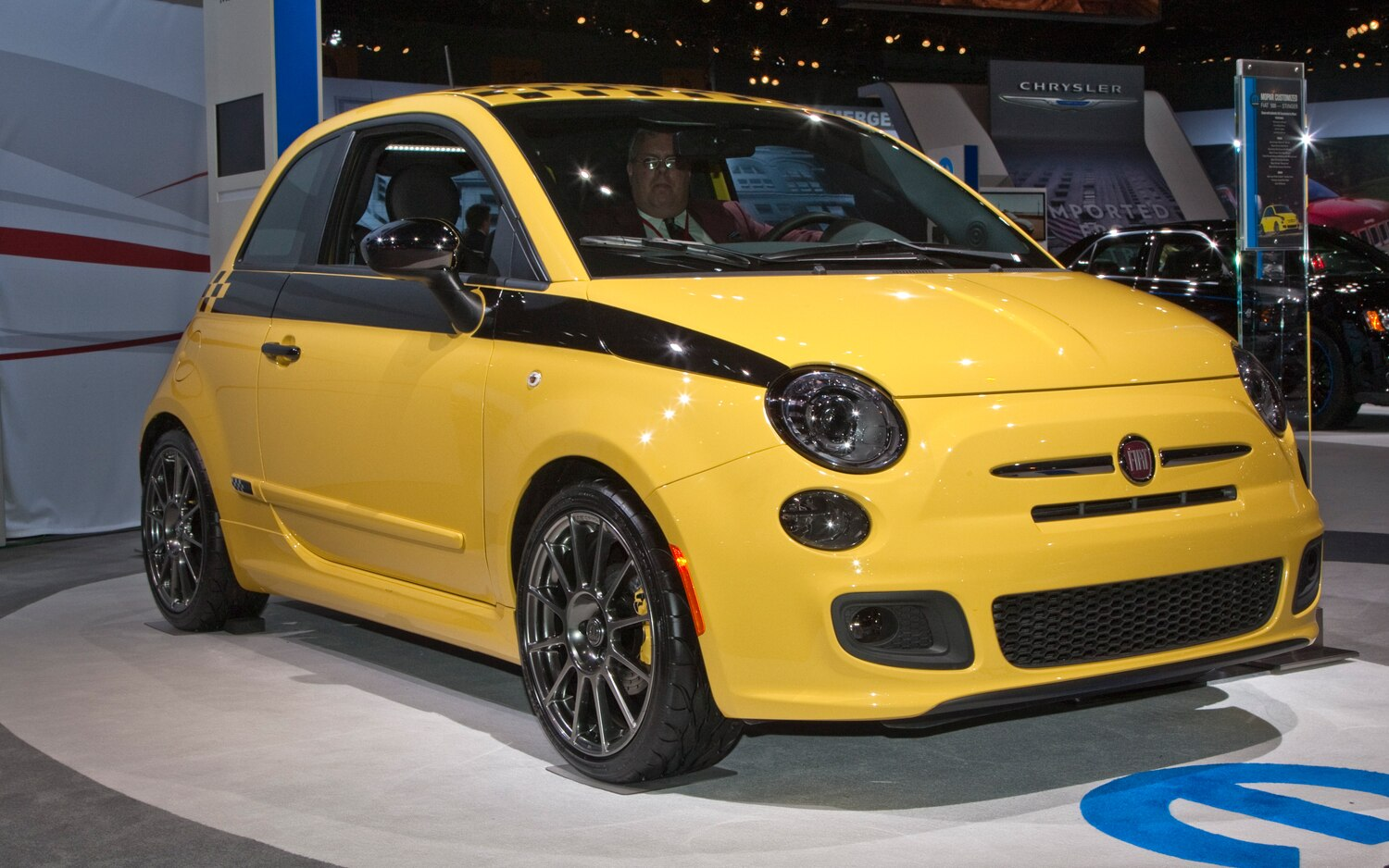 2012 Fiat 500 Stinger Front Right Side View1