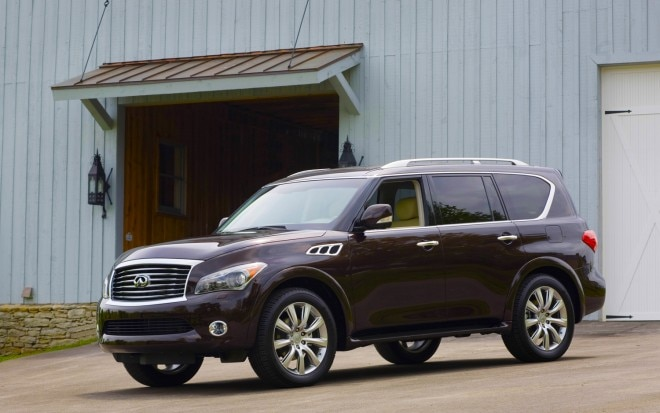 2012 Infiniti QX56 4WD Front Left Side View1 660x413