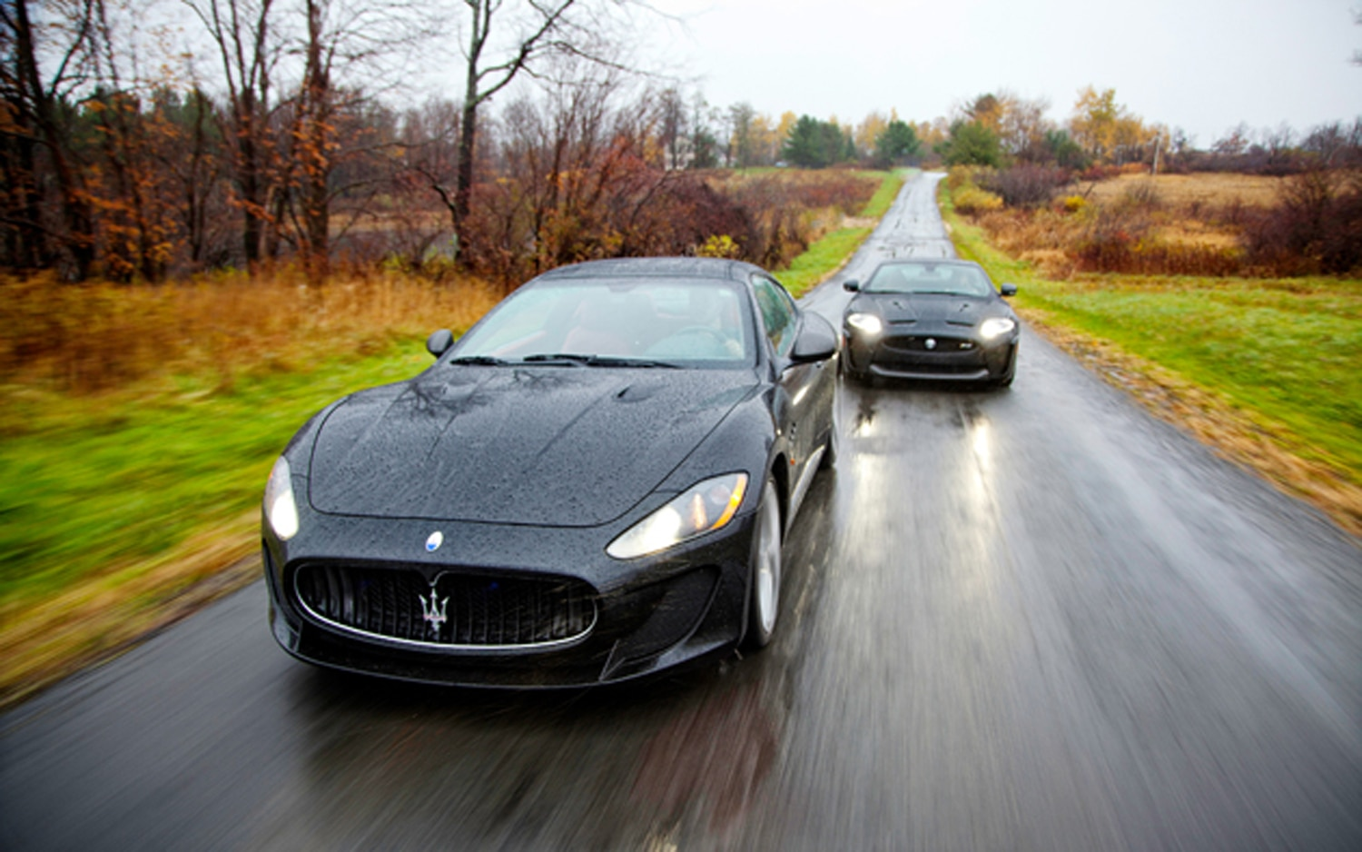 2012 Maserati GranTurismo MC Front Left View1