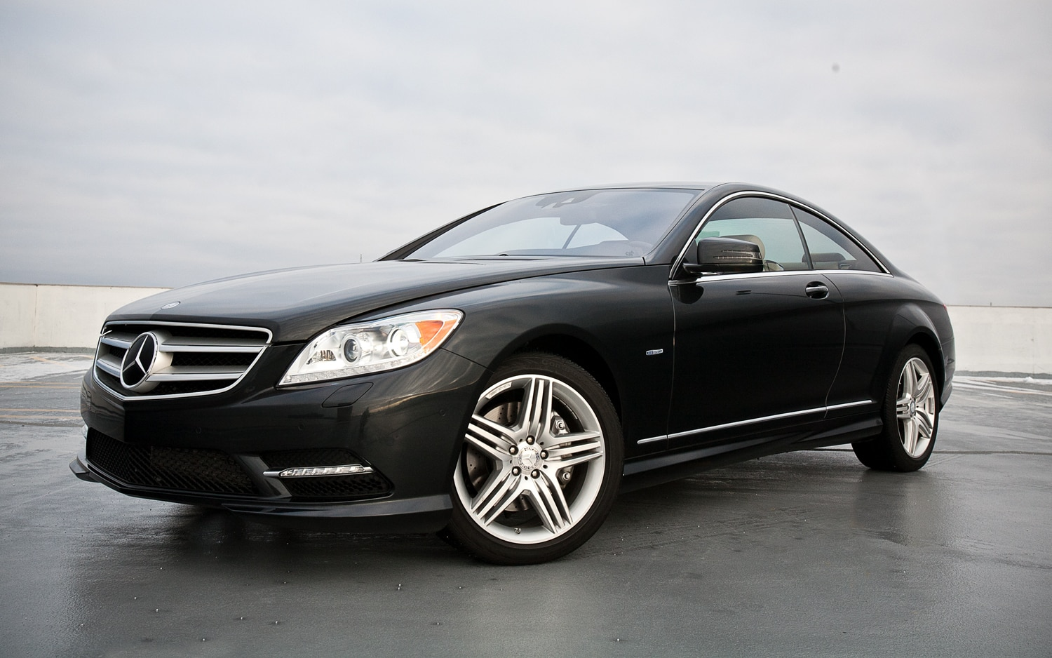 2012 Mercedes Benz CL550 4Matic Front Left Side View2