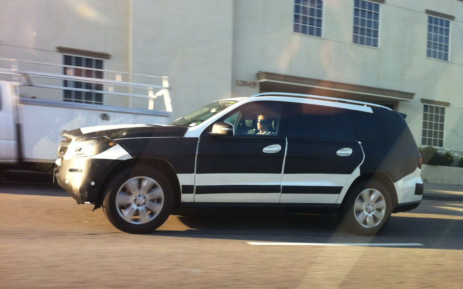 spied 2013 mercedes benz gl in los angeles. Cars Review. Best American Auto & Cars Review