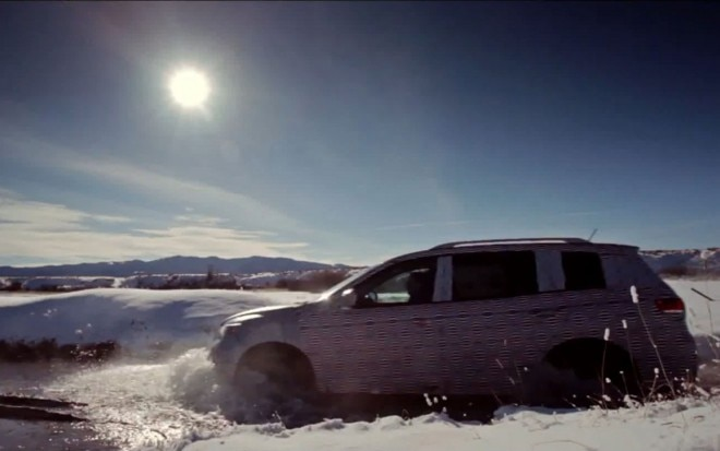 2013 Nissan Pathfinder Winter Testing Side1 660x413
