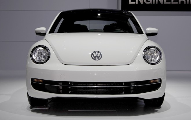 2013 Volkswagen Beetle TDI Front End1 660x413