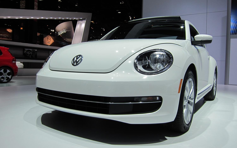 2013 Volkswagen Beetle TDI1