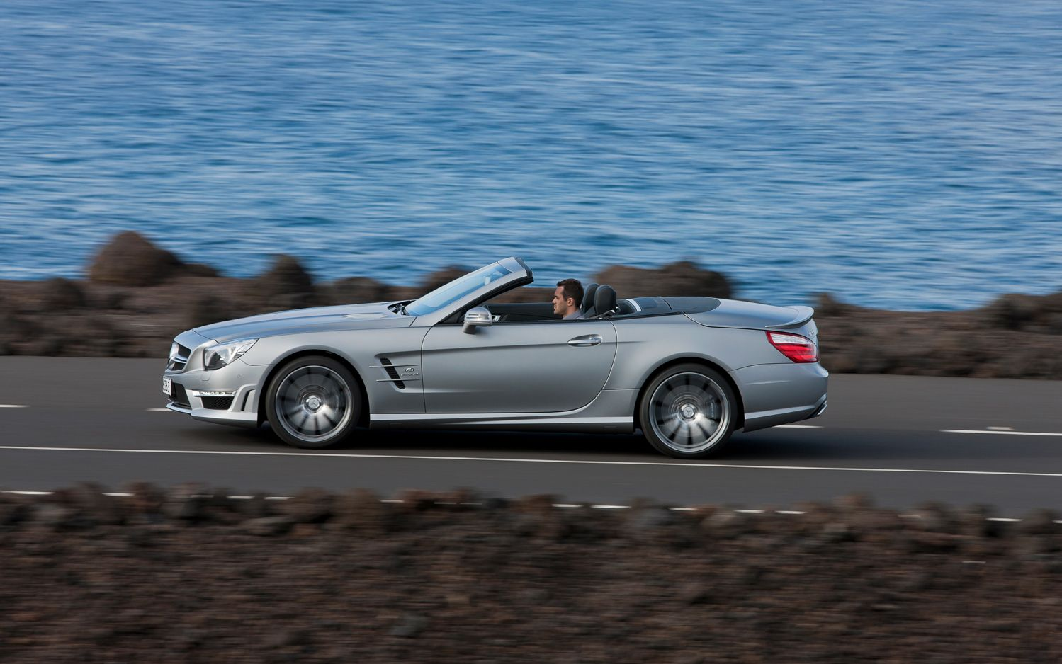 2013 Mercedes Benz SL63 AMG Left Side View 21